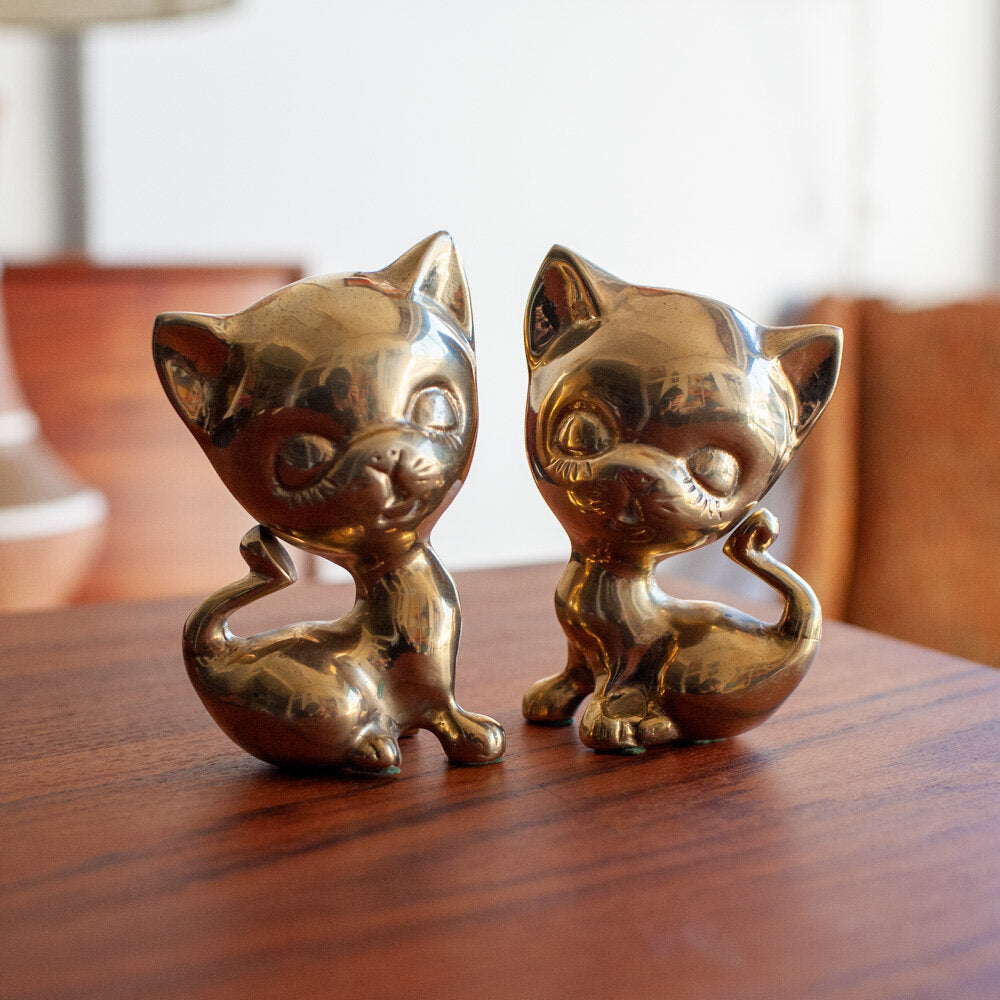 Brass Large Head Cats Pair (2) - 558