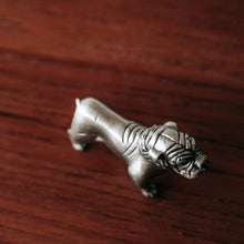 Load image into Gallery viewer, Pewter Bulldog Figurine - 523