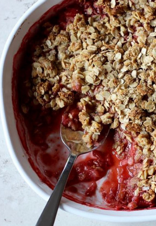 Strawberry Rhubarb Crumble Simplified