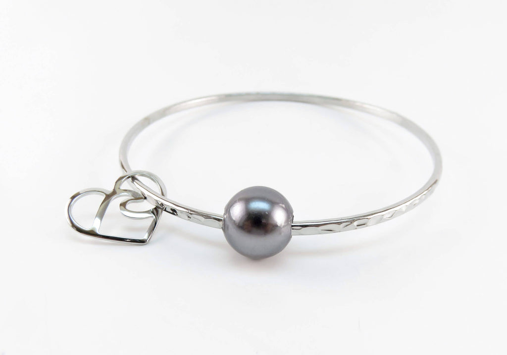 OpalHaus - Black Tahitian Shell Pearl Hamilton Silver Heart Bangle