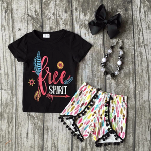 FREE SPIRIT GRAPHIC TEE SHORT SET