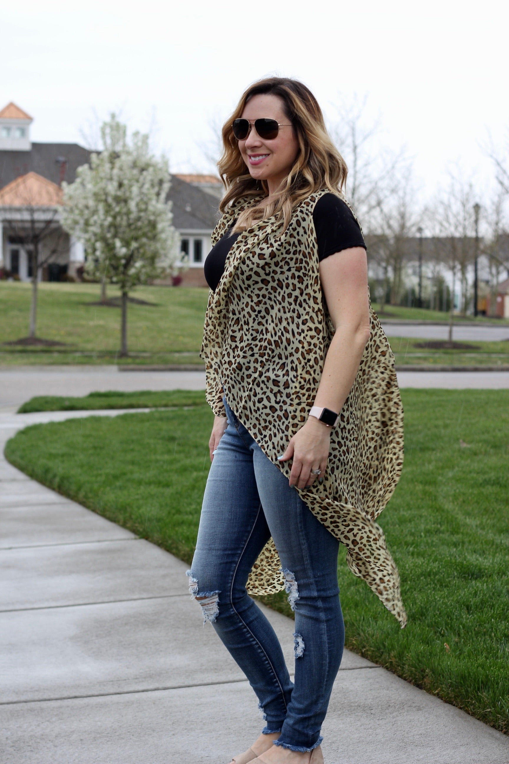 SPOTTED LEOPARD PRINT SHEER SHAWL