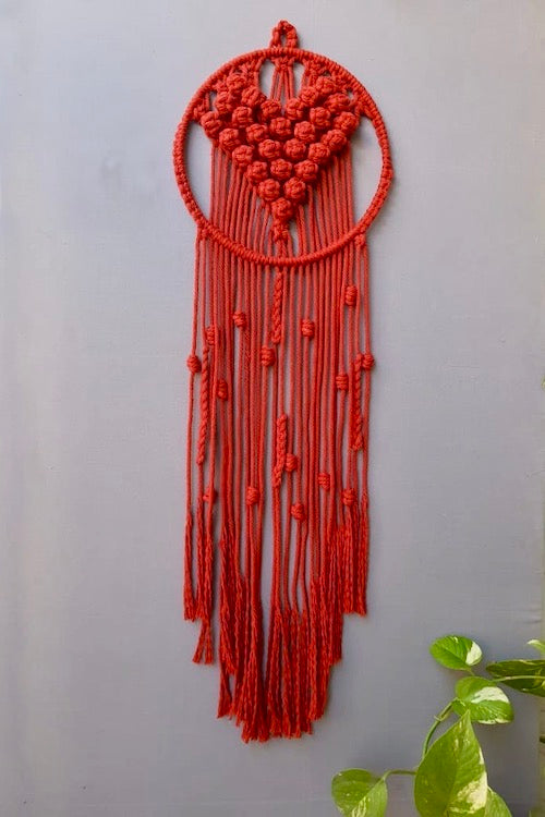Handcrafted Macramé 'Le Coeur' Dreamcatcher Wall-hanging