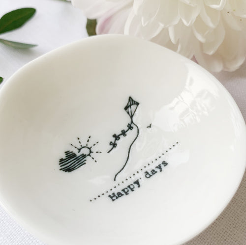 Desgyl Fechan Borslen | East of India Small Porcelain Dish - Happy Days