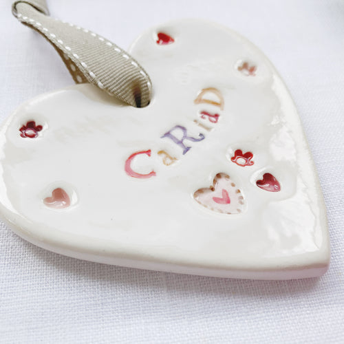 Calon Serameg - Cariad | Ceramic Heart - Love