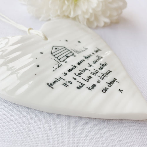 Calon Borslen | East of India Porcelain Hanging Heart – Family Warmth and Love