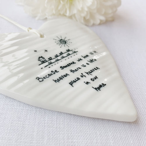 Calon Borslen | East of India Porcelain Hanging Heart – Heaven