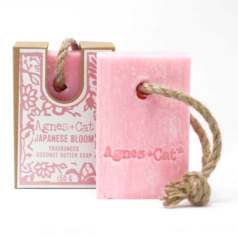 Sebon ar Gortyn | Soap on a Rope – Japanese Bloom