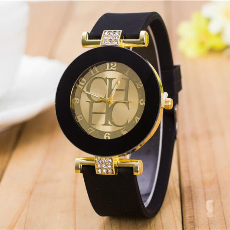 New simple leather Brand Geneva Casual Quartz Watch Women Crystal Silicone Watches