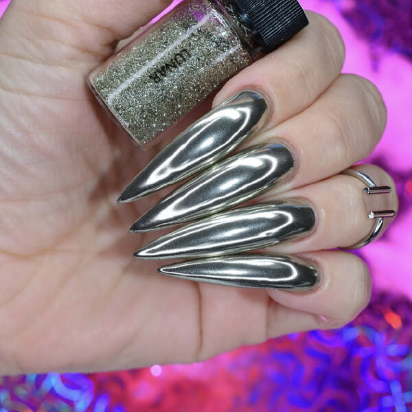 Lunar Pale Silver Nail Chrome