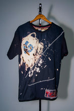 "Load image into Gallery viewer, Bleached Money ""L"" t-shirt - Izo.Dae"