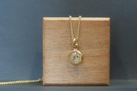 Circle Grains Necklace