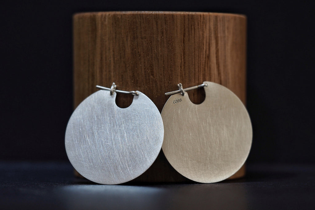 Medium Silver U Disc Earrings
