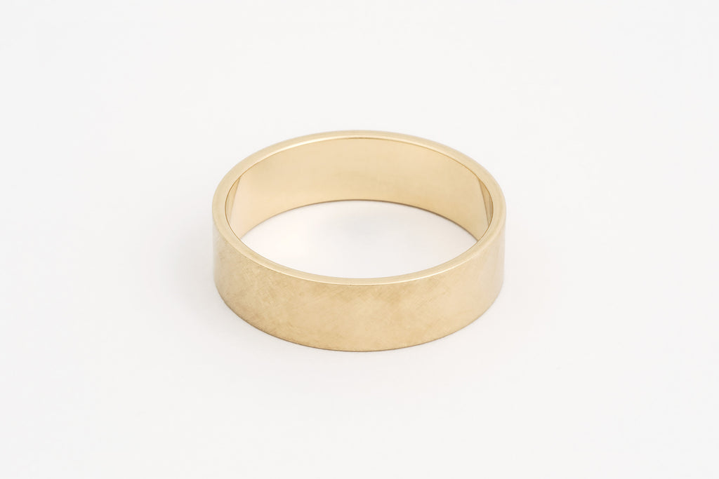 Wedder, 9c Yellow Gold
