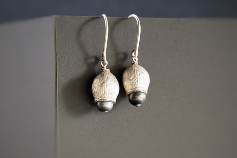 Black Pearl Gumnut Earrings