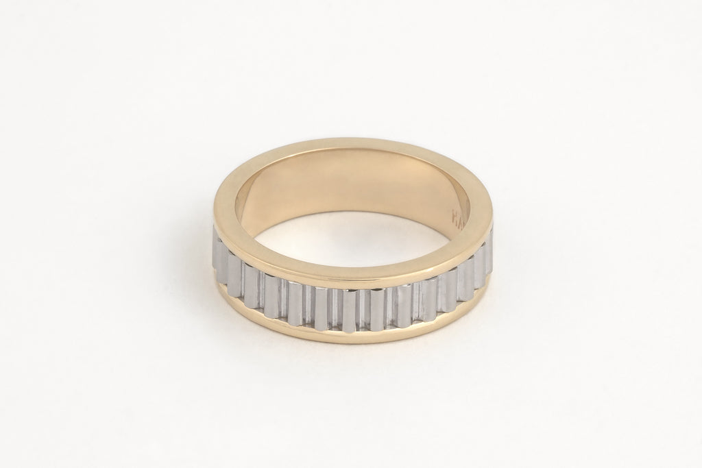 Corrugated Men's Ring