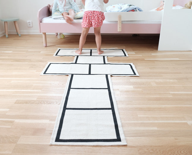 Hopscotch rug for kids