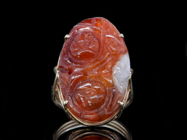 Vintage Ming's Honolulu 14k Yellow Gold Carved Floral Russet Jadeite Jade Ring