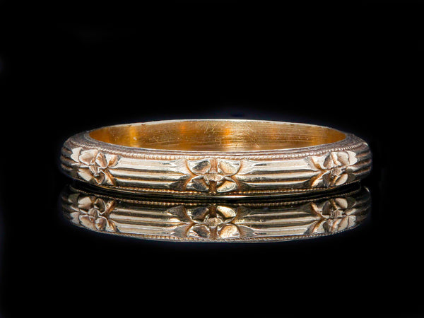 Art Deco Style 14K Yellow Gold Engraved Wedding Band
