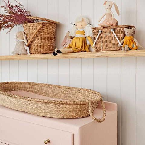 Olli Ella Nyla Changing Basket in seagrass with moving handles