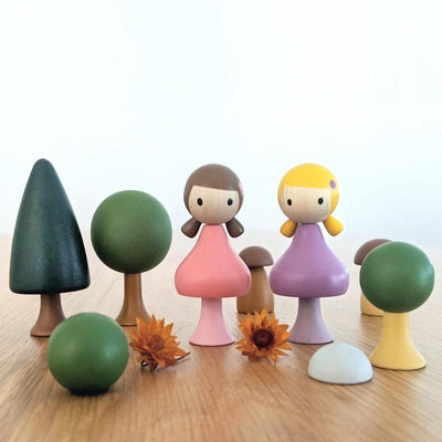 CLiCQUES | Magnetic Wooden Toys | Lucy & Maggie with Summer Garden Set