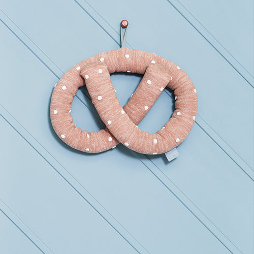 OYOY | Cushion | Sweet Pretzel