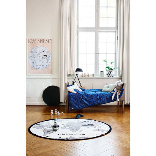 Oyoy the world rug round playmat milk tooth oyoys the world rug features a map of the globe for kids gumiabroncs Choice Image