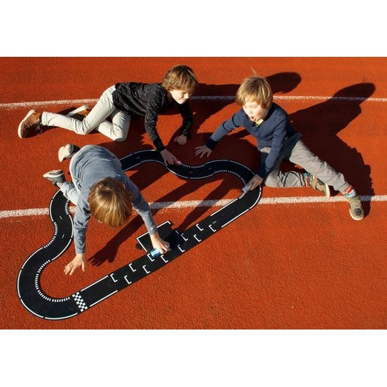 Waytoplay | Grand Prix | 24 Pieces rubber car road track toy