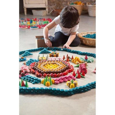 Grapat Mandala Wooden Toys Sets | Little Boy creating patterns