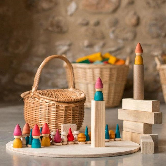 Grapat | Nins Tomten | Wooden Toy Set with Mandala Pieces