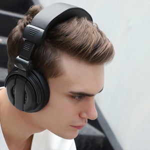 Foldable Wireless Headphones With Mic
