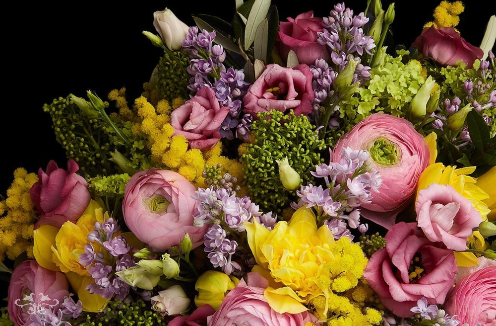 """""""Chelsea Collection"""" of spring flowers by Neill Strain Floral Couture; order online for same day deliveries in central and greater London."""