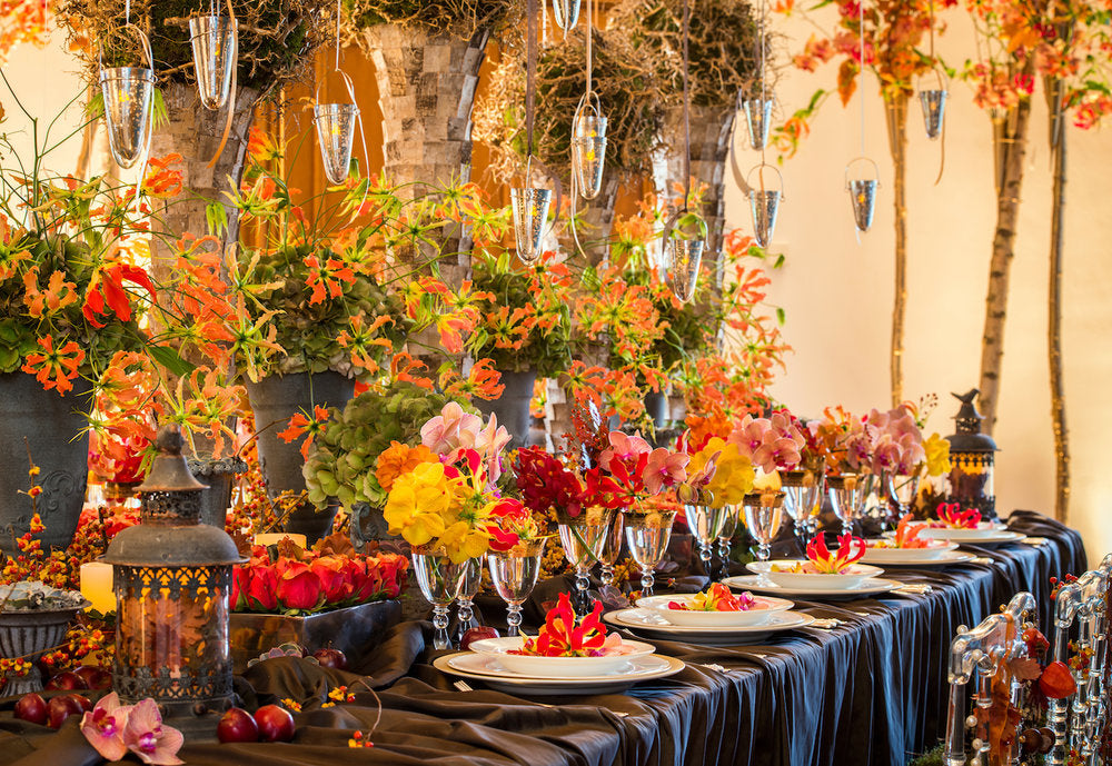 Thanksgiving table design by Neill Strain Floral Couture