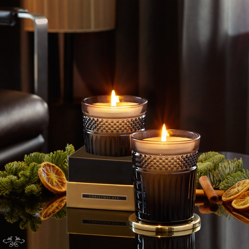 """Neill Strain Floral Couture fragranced candle """"Christmas Eve"""""""
