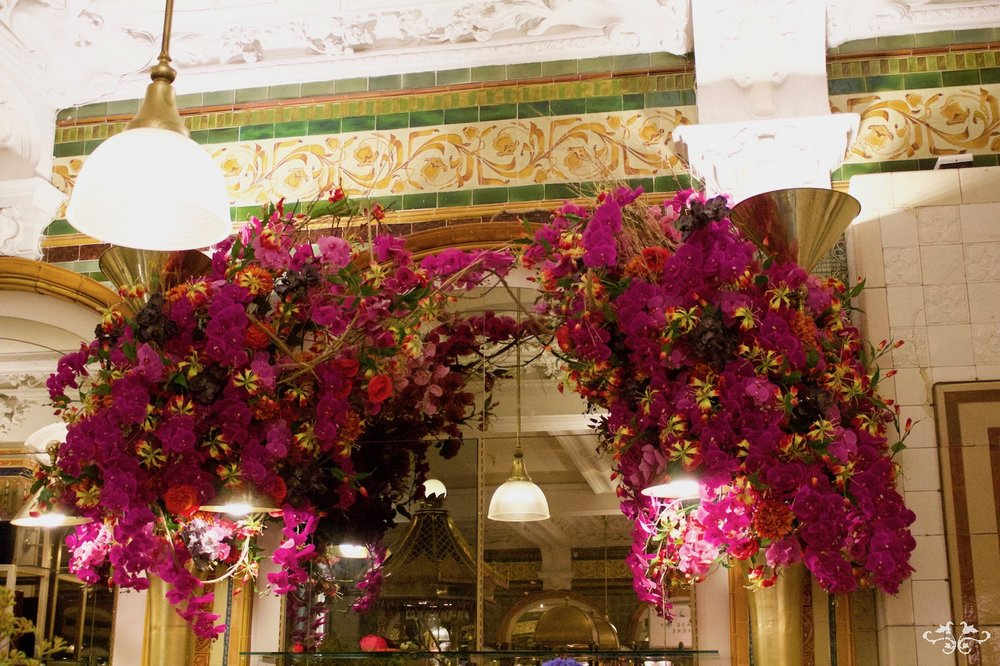 floral installations by Neill Strain Floral Couture