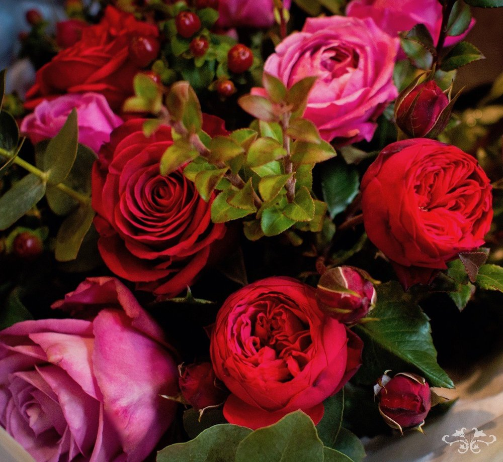 Neill Strain selects his Roses for Valentine's Day from Holland's top growers who pcik the flowers the day of deliver to guarantee ultimate freshness