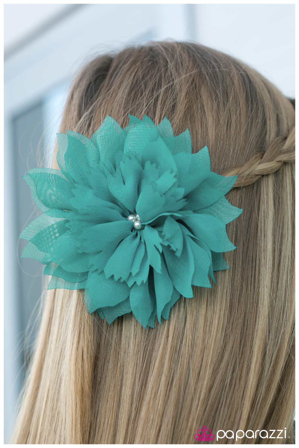 five-dollar-jewelry-jane-doe-blue-hair clip-paparazzi-accessories