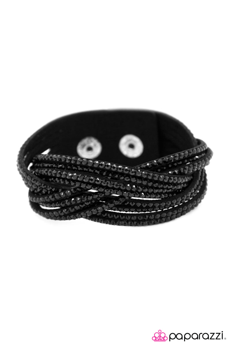 Go Get Em, Champ! - Black Bracelet - Paparazzi Accessories