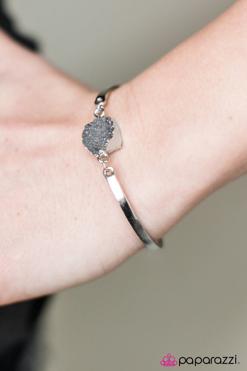 five-dollar-jewelry-what-a-druzy-silver-paparazzi-accessories