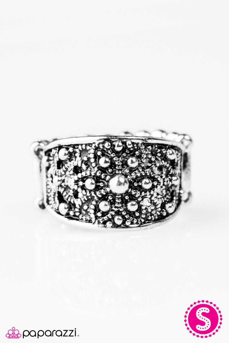 I Must Have Flowers - Silver Ring - Paparazzi Accessories