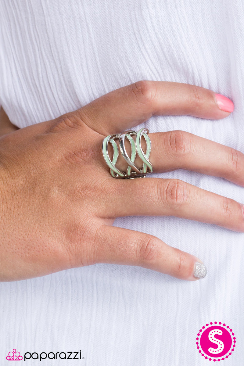 five-dollar-jewelry-jet-stream-green-ring-paparazzi-accessories