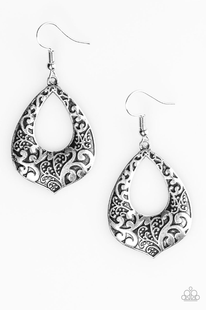 five-dollar-jewelry-ill-be-vine-silver-earrings-paparazzi-accessories