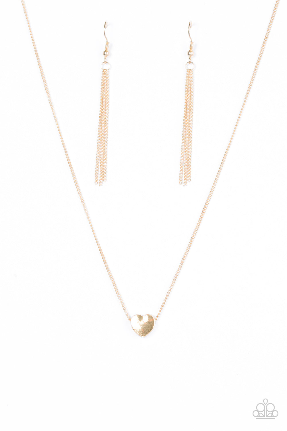 five-dollar-jewelry-a-simple-heart-gold-necklace-paparazzi-accessories