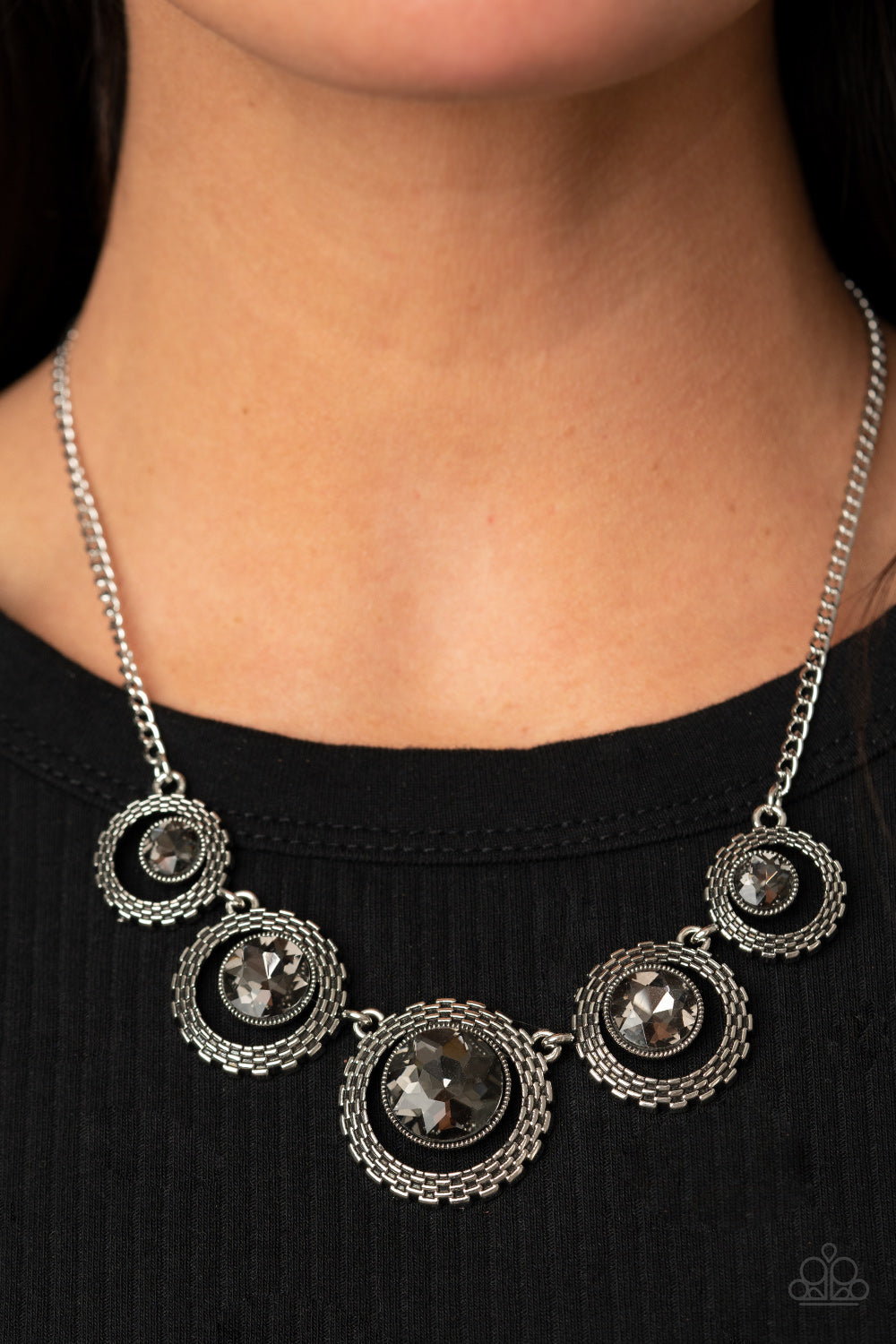 PIXEL Perfect - Silver Necklace - Paparazzi Accessories