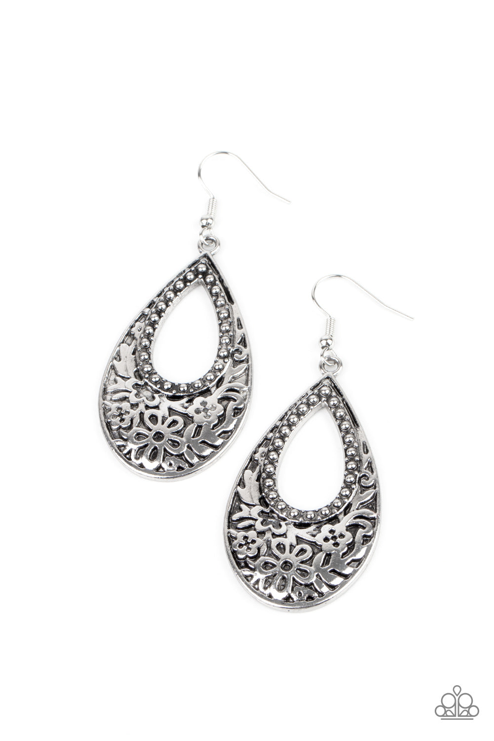 five-dollar-jewelry-organically-opulent-silver-earrings-paparazzi-accessories