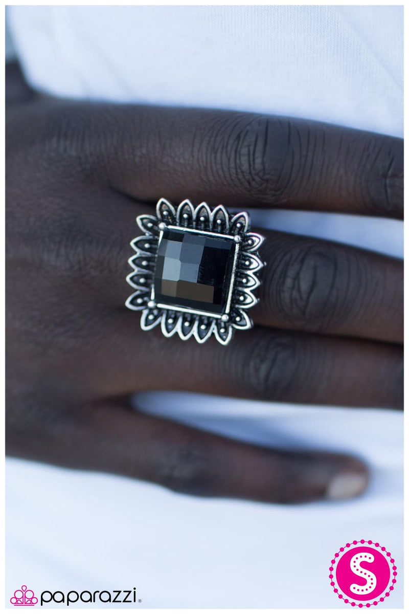 five-dollar-jewelry-rio-rancho-black-ring-paparazzi-accessories