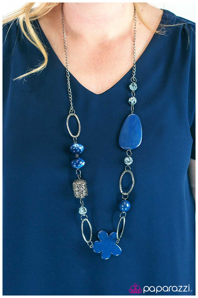 five-dollar-jewelry-tickle-your-fancy-blue-necklace-paparazzi-accessories