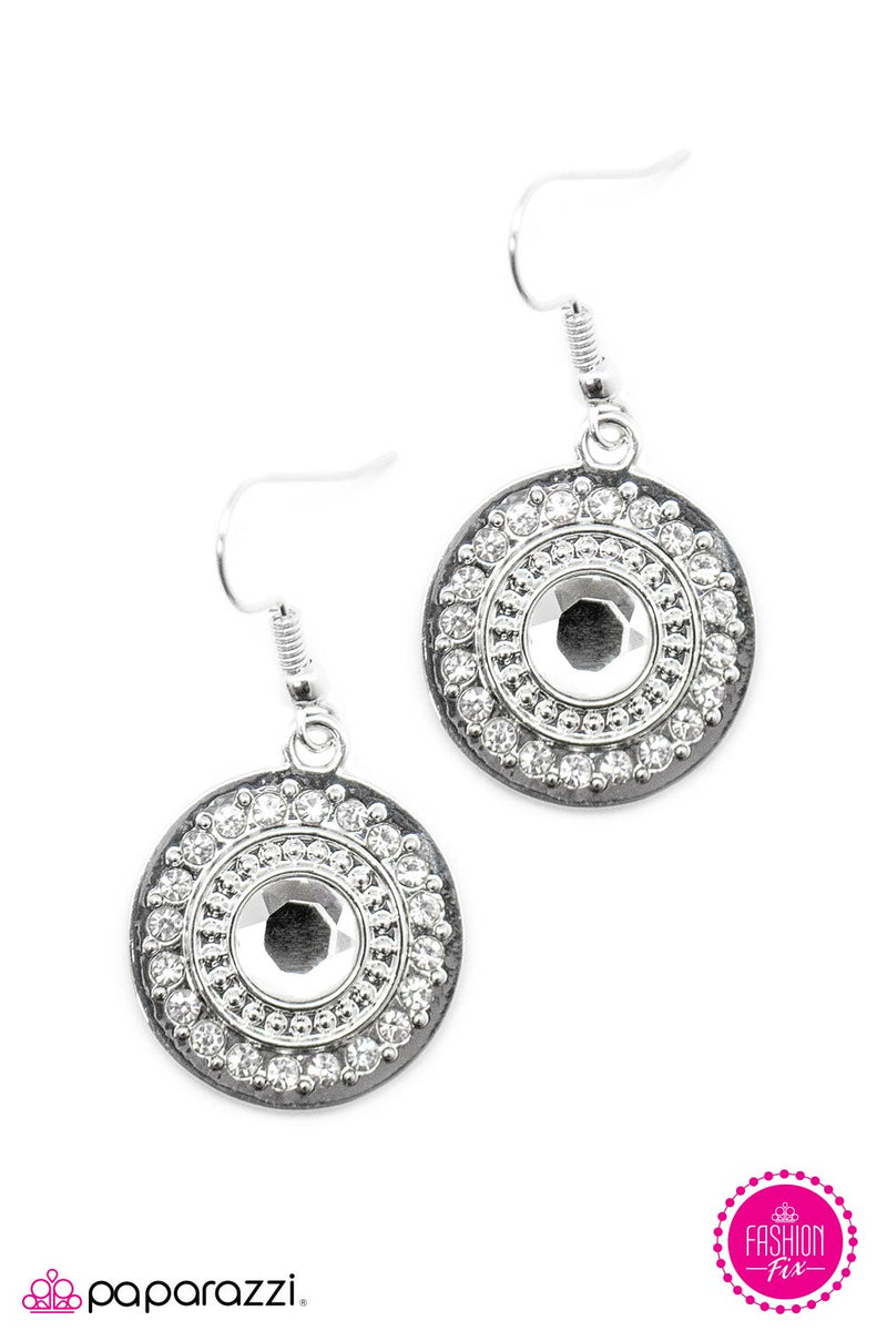 The Hamptons Earrings - Paparazzi Accessories