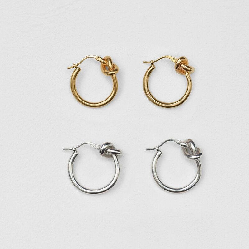 THE KNOT HOOPS