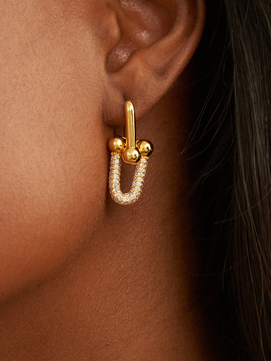 THE URRA EARRING